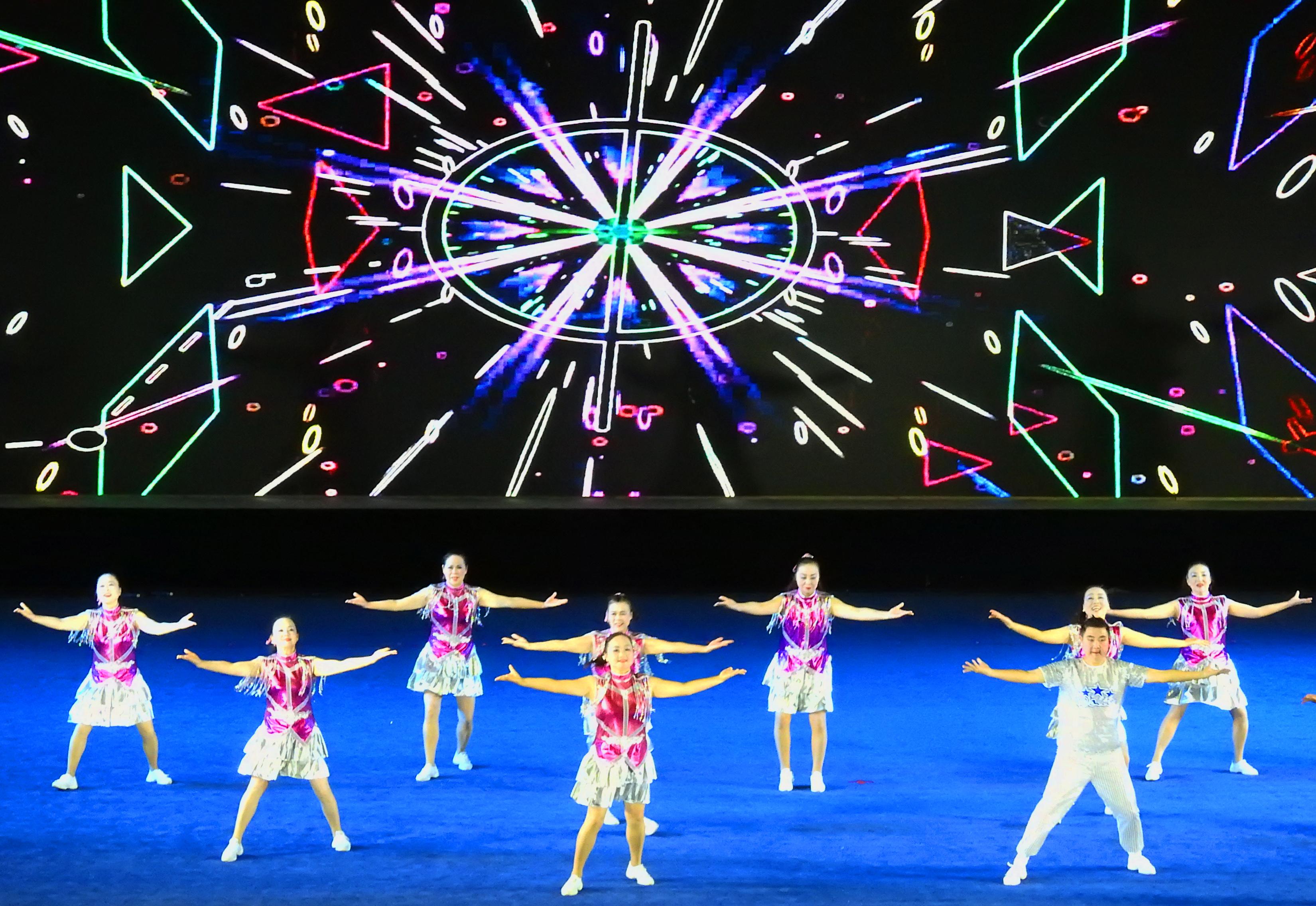 连云港广场舞代表队包揽中国广场舞大赛冠亚军