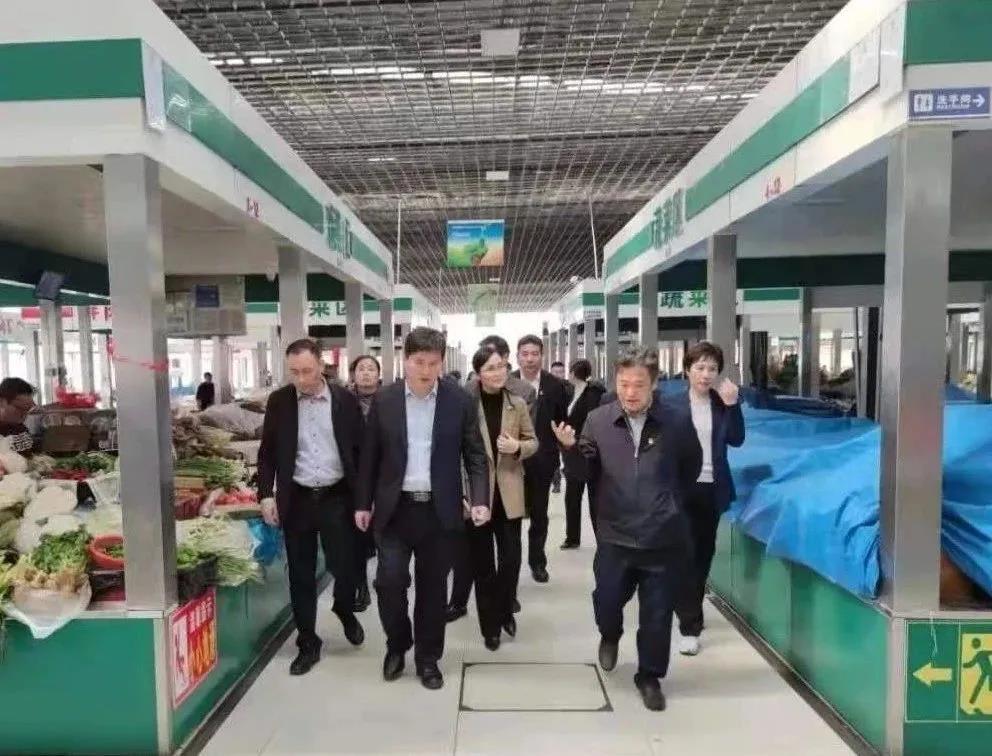 杨新忠调研东海县文明城市创建和党史学习教育工作
